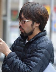 春本雄二郎監督